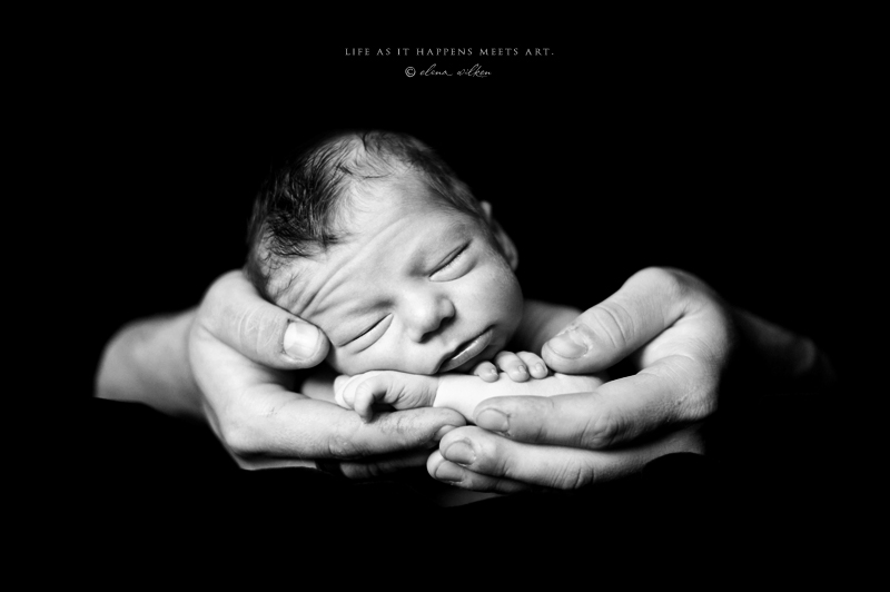 newborn-photographer-black-and-white-1.jpg