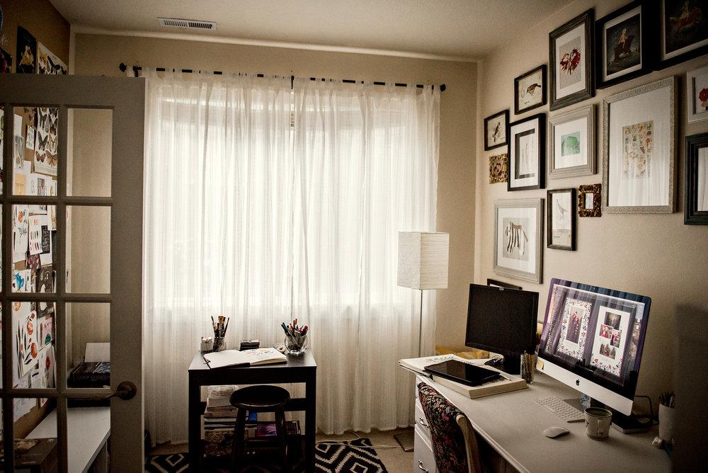 9-elenawilken-home-studio-velvet-owl-photo.jpg