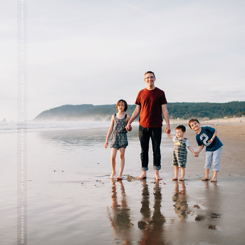 family-at-cannon-beach-elena-wilken.jpg