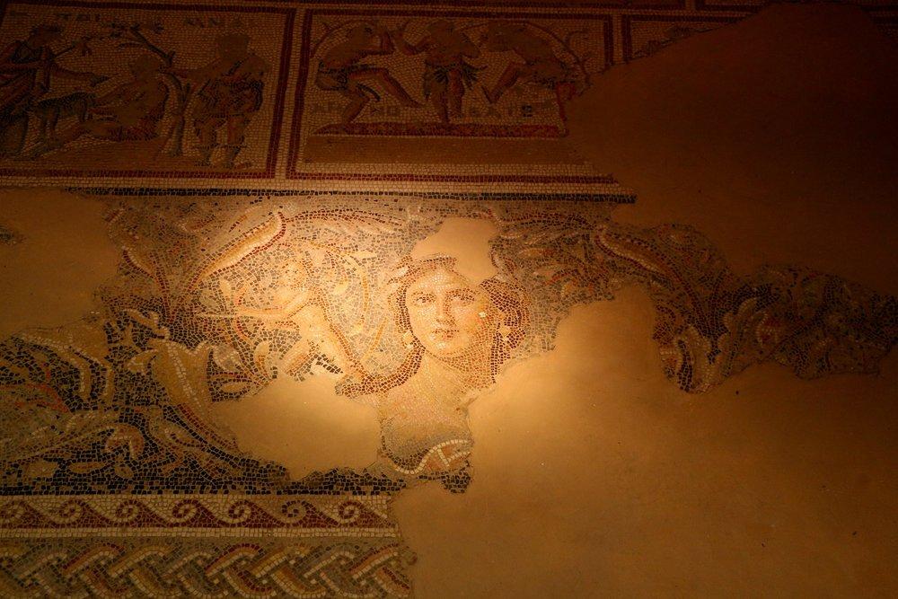 the-lady-mosaic-176916_1920 via Pixabay.jpg