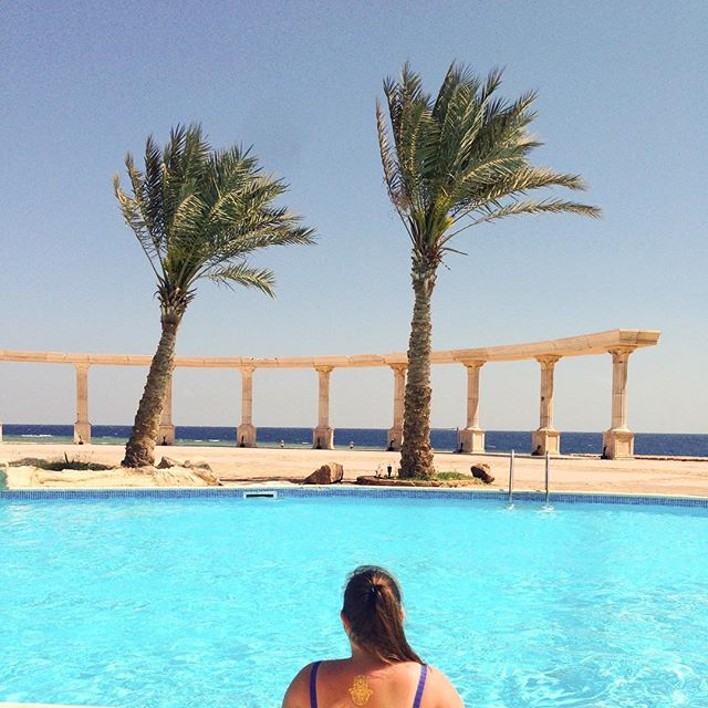 Throwback to Marsa Alam and the last time I had a tan 😂 💕 only 62 more days till my next vacation 😜  #egypt #wanderlust #marsaalam #travelgram #travel #thethreecornersequinox #thethreecornersequinoxbeachresort