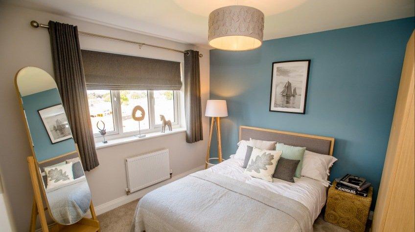 Lowry Bedroom.jpg