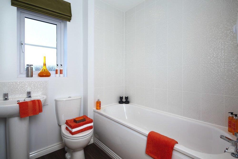 Dadford bathroom.jpg