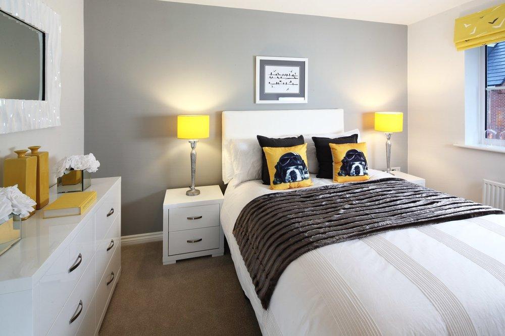 Dadford double bedroom.jpg