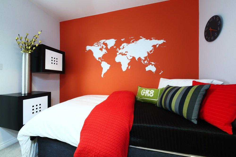 Dadford bedroom.jpg