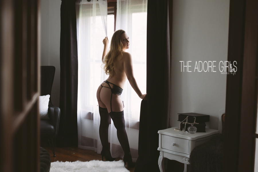 The Adore Girls Boudoir Photography-0415 copy.jpg