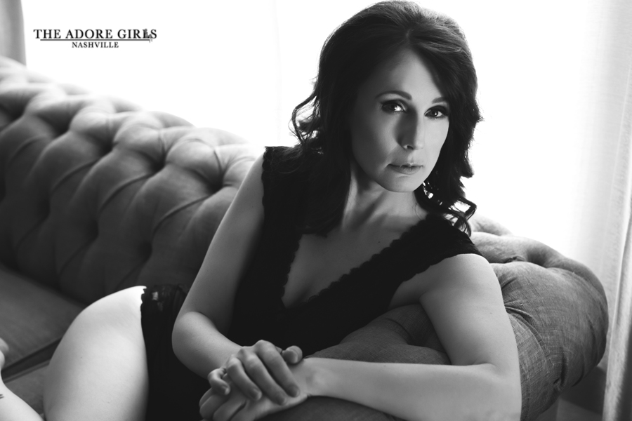 The Adore Girls Boudoir Photography Nashville b/w on couch
