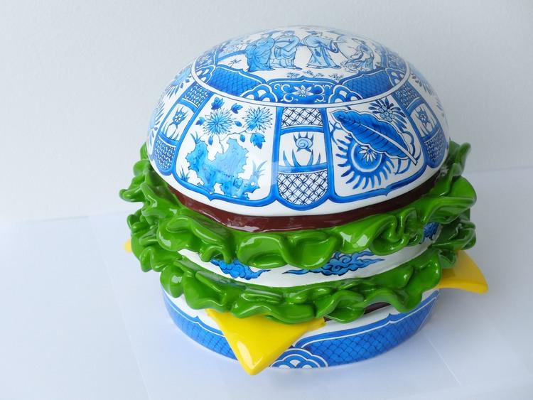 ARTTAG circle I Song Wei I Porcelain Hamburger Gather 聚 I 2015 I Fiberglass Sculpture I 23cm x 23cm x 23cm