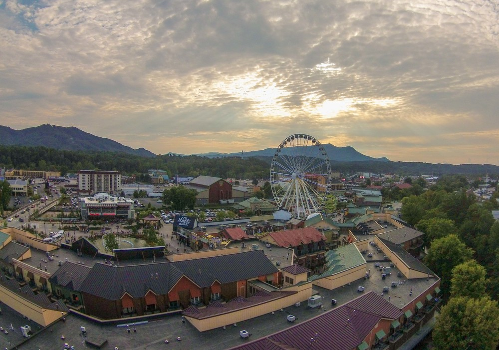 Pigeon Forge Ferris Wheel