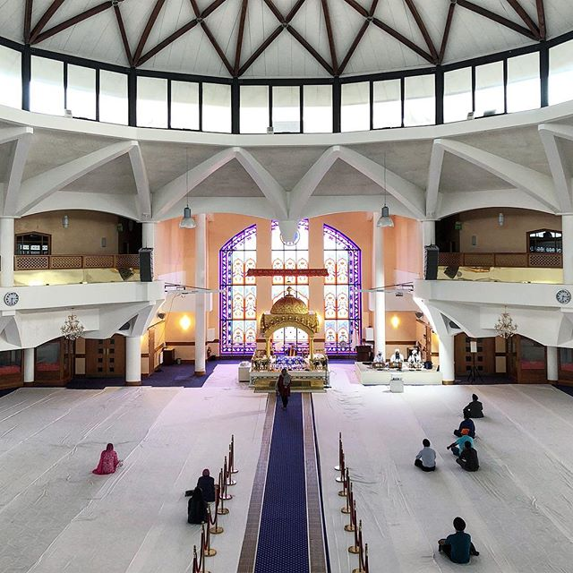 A visit to @sgsssouthall with @svinderarchitects, researching for our new Coventry Gurdwara project