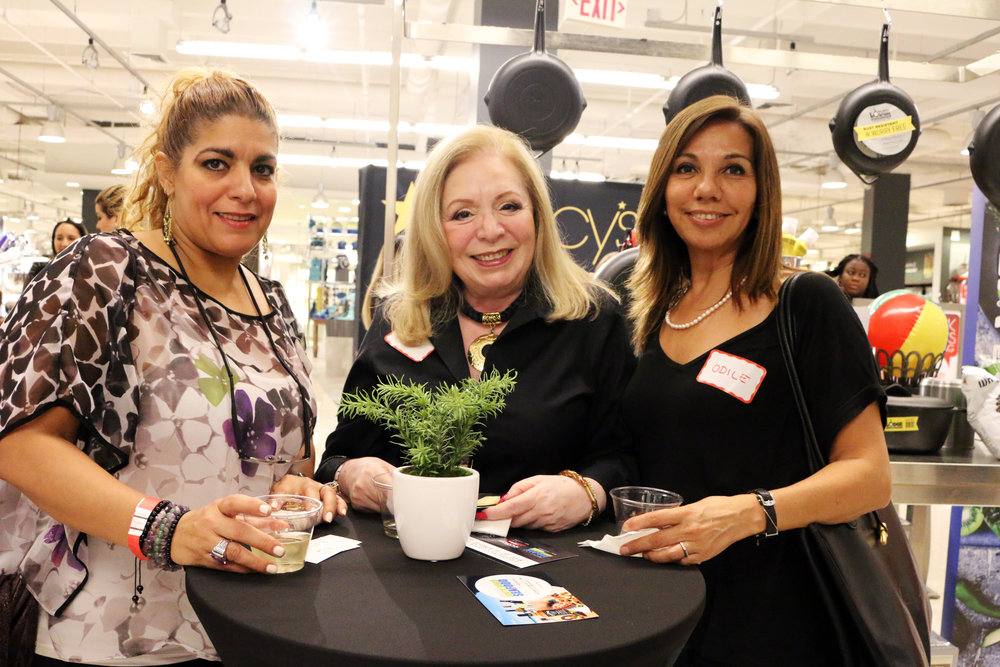 Women Who Wine-Macys-Wine Tasting in Miami-29.JPG