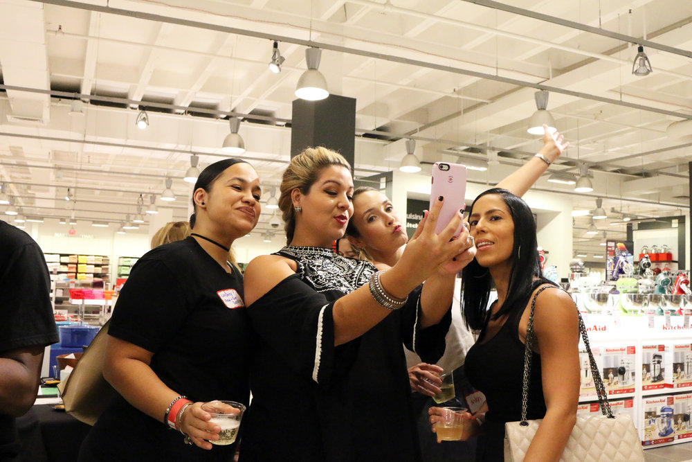 Women Who Wine-Macys-Wine Tasting in Miami-55.JPG