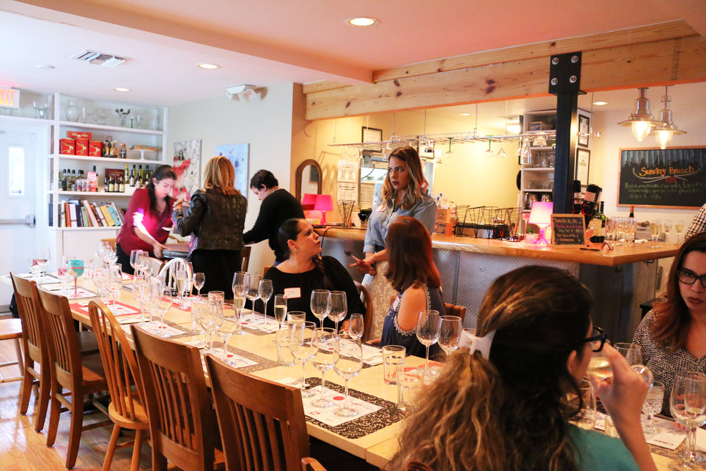 women who wine-miami wine events-wine tasting miami-12.jpg