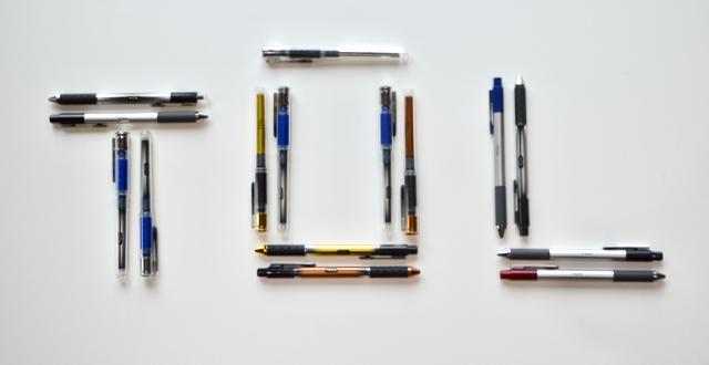 TUL Retractable Fine Point Ballpoint Pens, 12 Blue Ink Pens