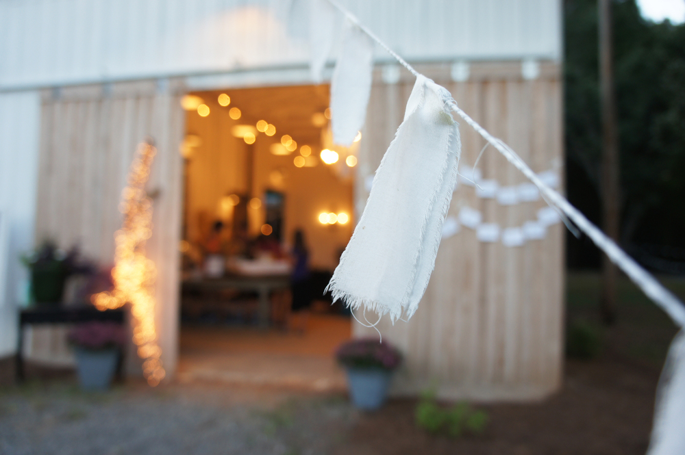 Just little pieces of white sheets on string...such a simple beautiful touch
