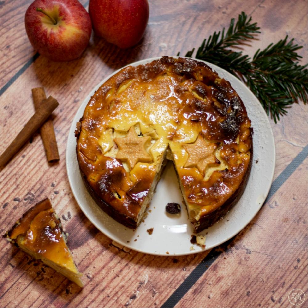 Ein Käsekuchen mit Äpfeln und Zimt - perfekt für den Winter