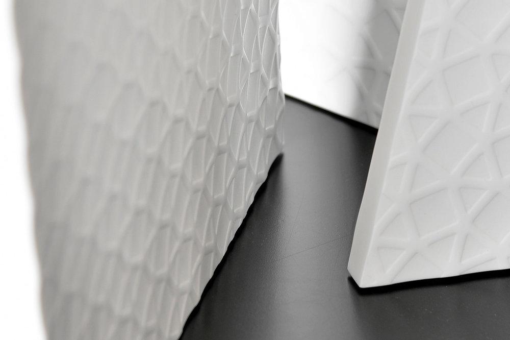"""Produktdesign, Detail, Tisch """"Trace"""", HI-MACS, LG Hausys"""