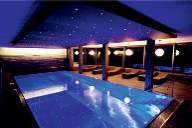 Wohnrevue_Hoteltest 9-13_Mia Kepenek_14.jpg