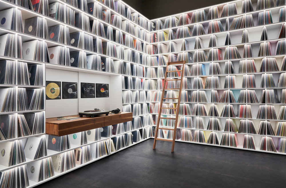 7_Record room_Loft Horgen_Mia Kepenek_foto ©Simone Vogel_4610.jpg