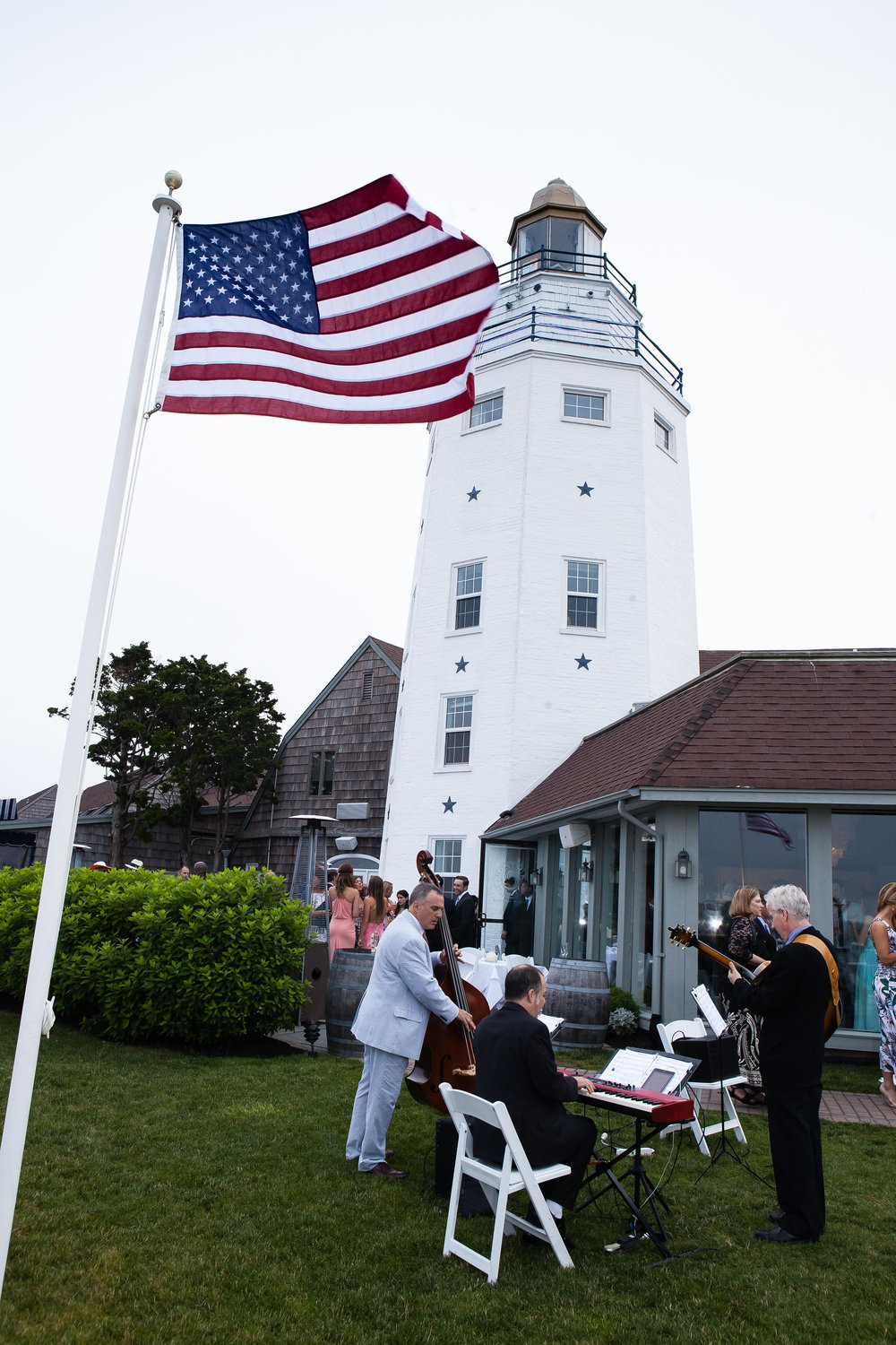 4-eyes-photography-montauk-yacht-club-wedding-1390.jpg