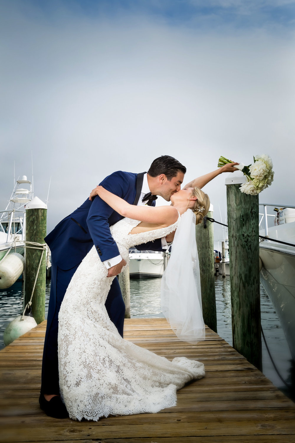 4-eyes-photography-montauk-yacht-club-wedding-best-of0024.jpg