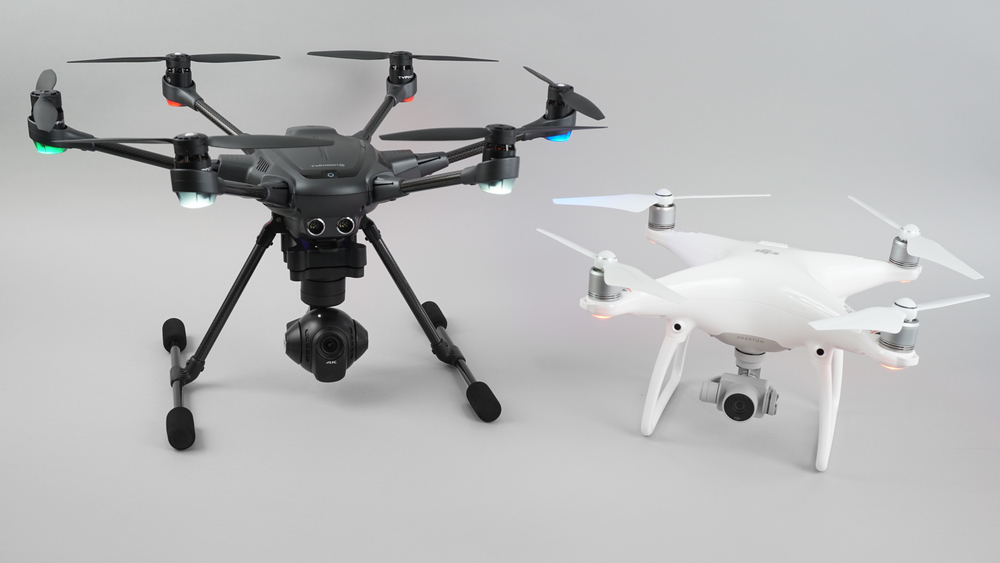 Typhoon H by Yuneec Versus Phantom 4 Comparison