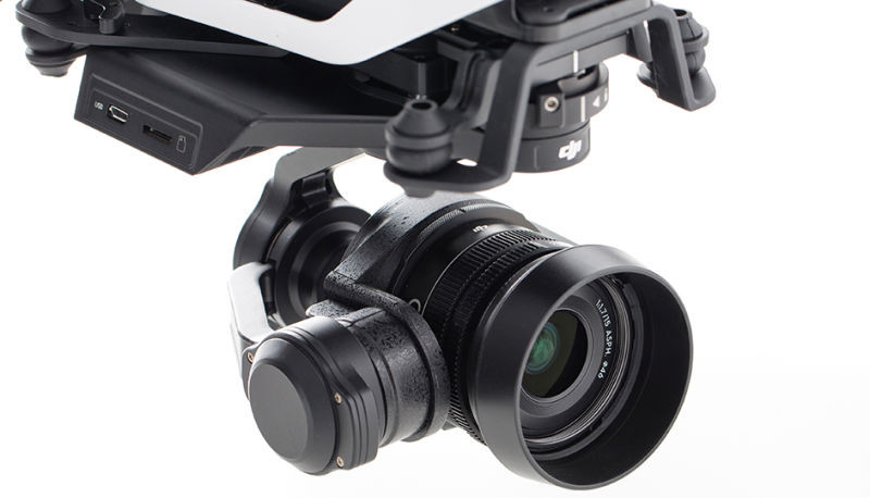 The Inspire 1 RAW features the DJI Zenmuse X5R, a 4K MFT Camera