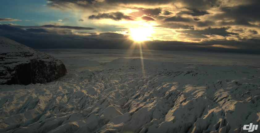 A drone can monitor the melting of glaciers in the Arctic