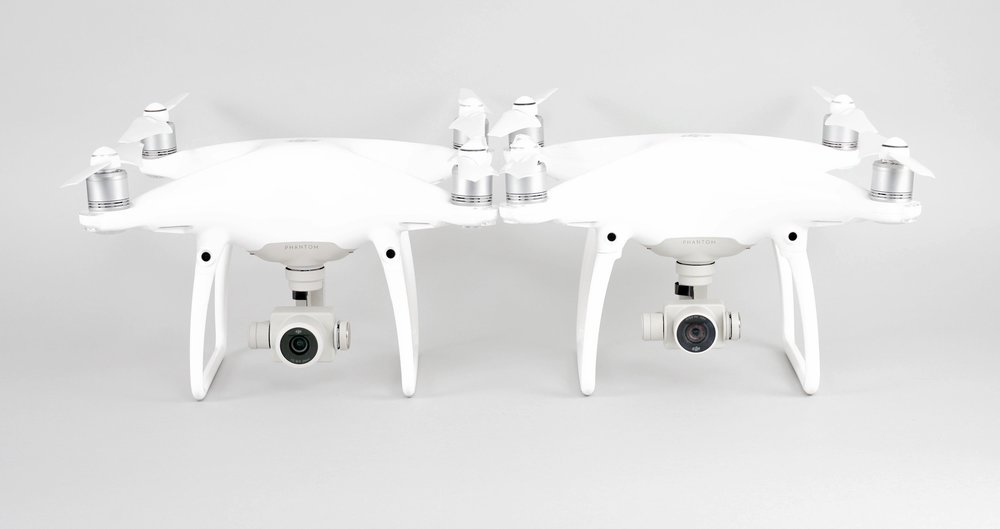 (Left: Phantom 4 Pro Right: Phantom 4) The Phantom 4 Pro has a visibly larger camera