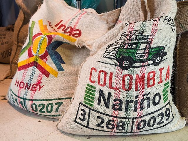 Super excited to share these two new Colombian coffees. Similar region, one washed and one honey process, both 🔥 #colombiancoffee #booneview #nariño