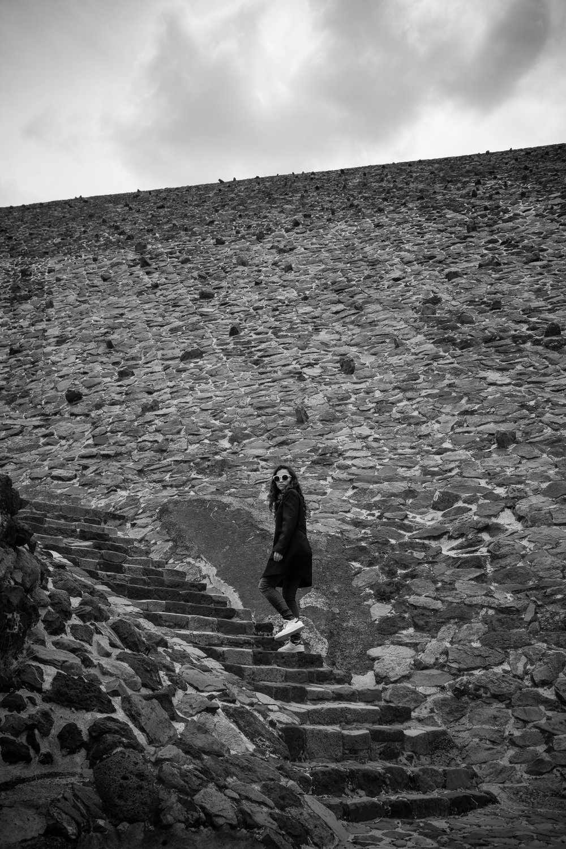 Teotihuacan_Cris_BW-2.jpg
