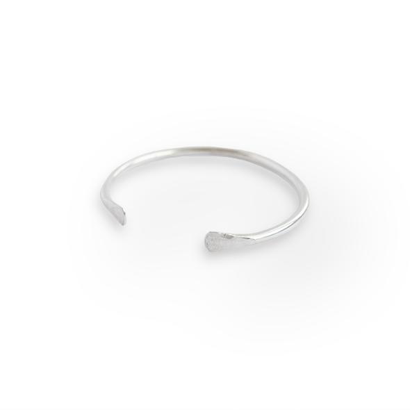 bracelet-001.png