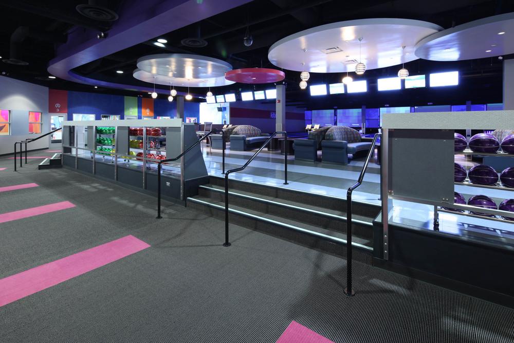 Round1 Bowling & Amusement Walkway