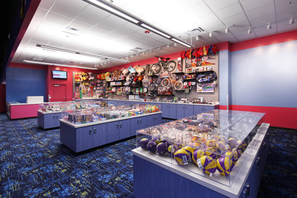 Round1 Bowling & Amusement Prize Room