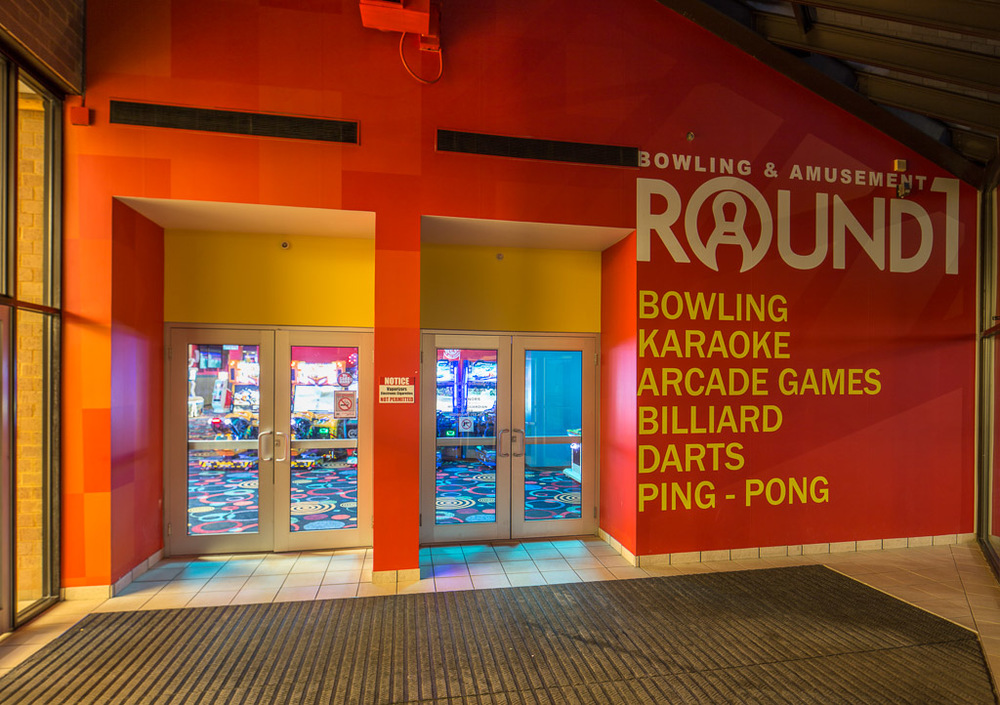 Round 1 Bowling & Amusement Entrance