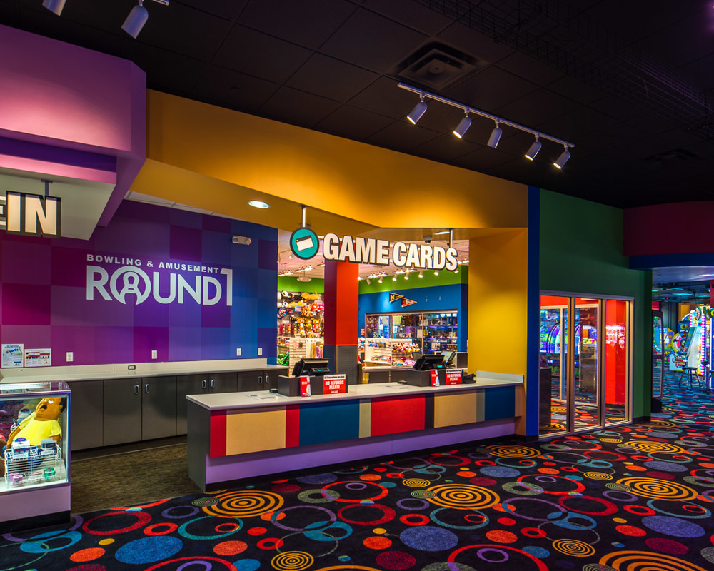Round1 Bowling & Amusement Game Cards Center
