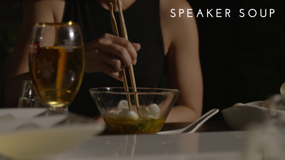 Speaker Soup was a course designed for Sensorium, presented by Stella Artois. A live drummer's sound signals are fed into speakers that sit below each place setting to create ripples and patterns in the broth and changing with the tempo of the drummer. A showpiece of movement right in your very own bowl.