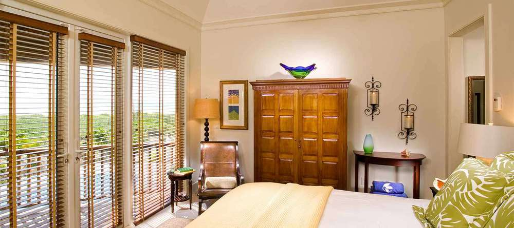 er-residence-header-disp-residence-abaco-10.jpg