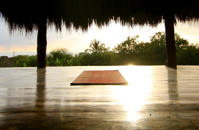 El Coco Loco Yoga platform.jpg