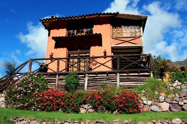 qawana-bungalow-1.jpg