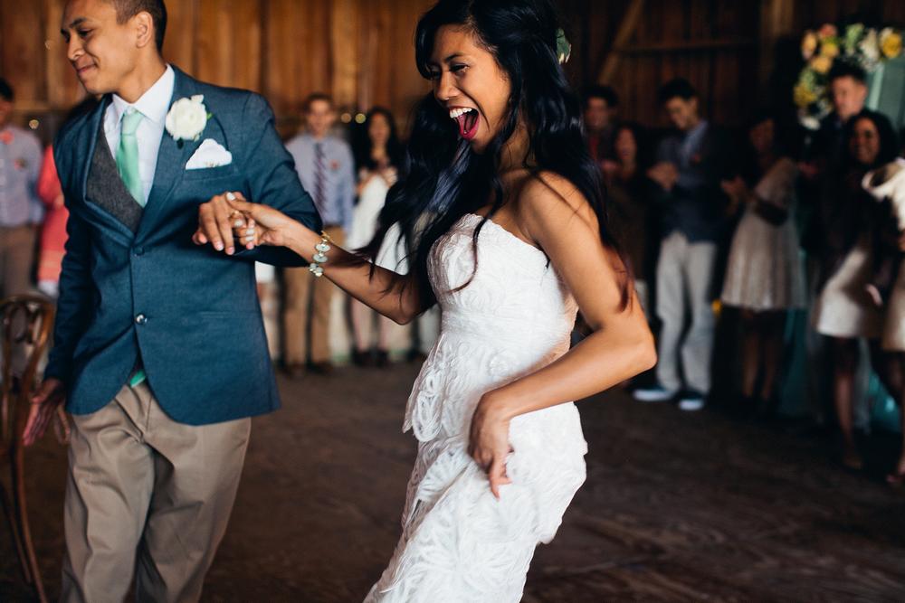 ica_images_tim_wedding_bay_im_kristen_DIY_maryland_photography173of218.jpg~original.jpeg