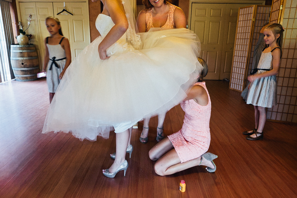 erica_eric_linganore_winery_vineyard_wedding_carnival_wedding_im_kristen_photography_maryland46of146.jpg~original.jpeg