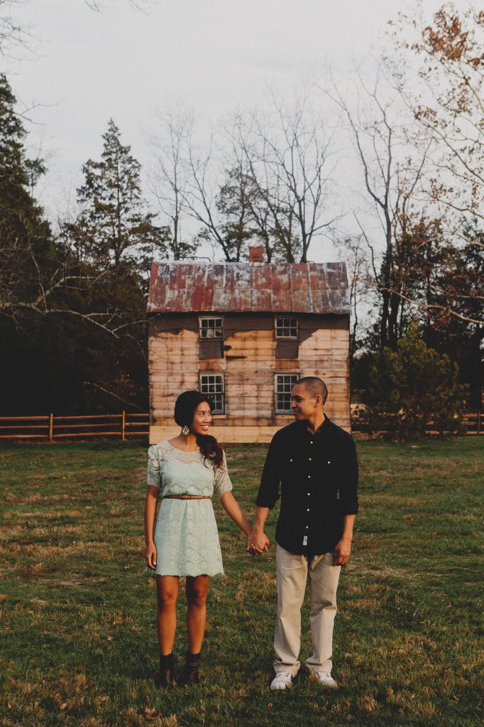 ica_tim_engagement_shoot_pictures_virginia_im_kristen_photography_rustic_vintage_engagement40of85.jpg
