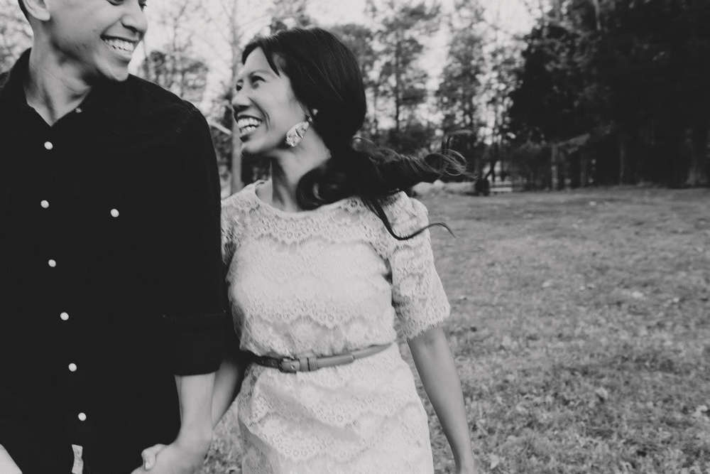 ica_tim_engagement_shoot_pictures_virginia_im_kristen_photography_rustic_vintage_engagement57of85.jpg