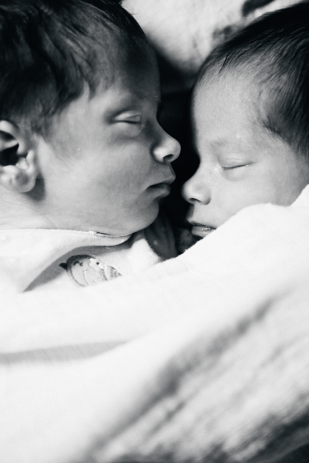 PAISLEY_TWINS_SESSION (161 of 215).jpg
