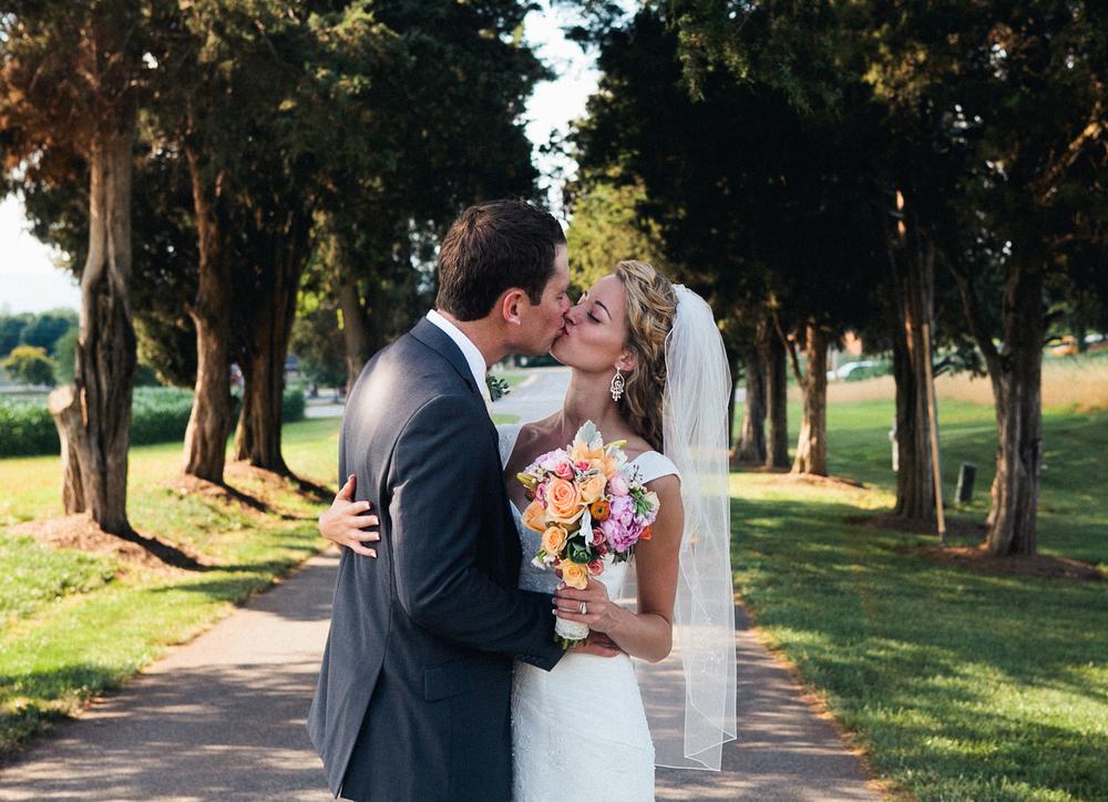 becca_nick_maryland_wedding_photographer_walkers_overlook_wedding_photography81of166.jpg~original.jpeg
