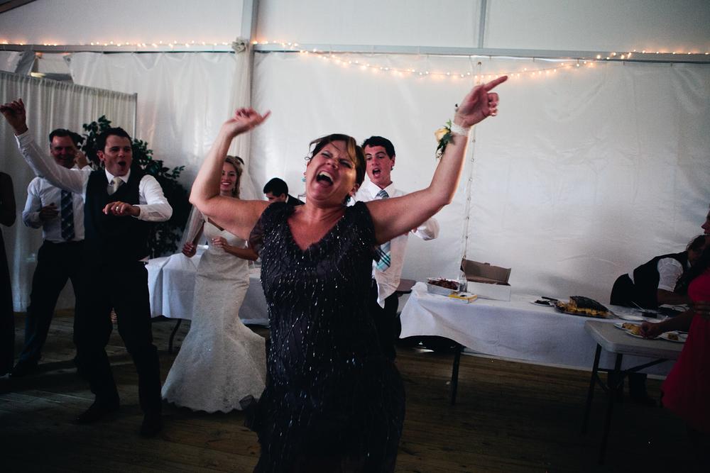 becca_nick_maryland_wedding_photographer_walkers_overlook_wedding_photography148of166.jpg~original.jpeg