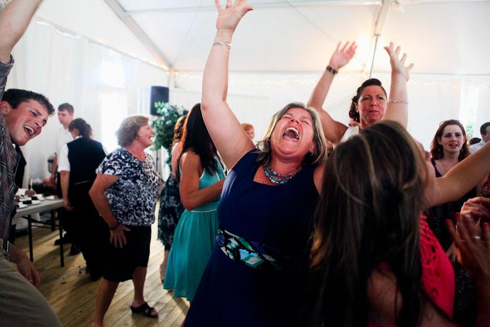 becca_nick_maryland_wedding_photographer_walkers_overlook_wedding_photography157of166.jpg~original.jpeg