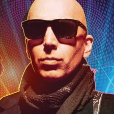 Joe Satriani uses a Ringtone