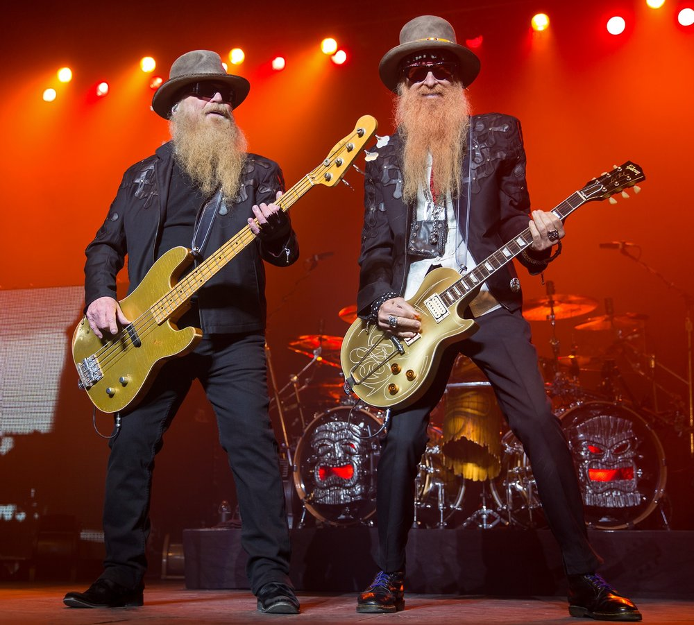 Billy Gibbons of ZZ Top uses the Nano Amp and SHO, among other Z.Vex pedals he owns.